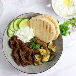 Vegetarische gyros met de lekkerste tzatziki