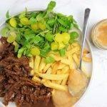 Vegetarisch zoervleis (snel) met friet en een salade