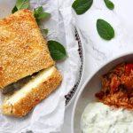 Feta saganaki (met honing en sesam) met Griekse groenten